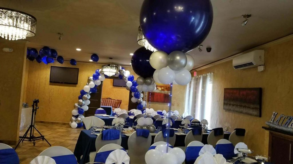 balloons arch and big LED balloons dark blue white and silver