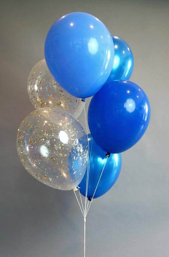 dark blue light blue and clear confetti balloon centerpiece