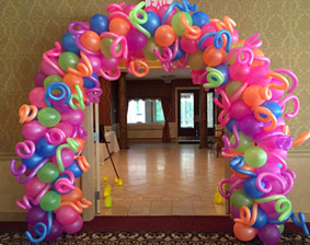 Arch Balloon Organic Spiral Single Name Letters