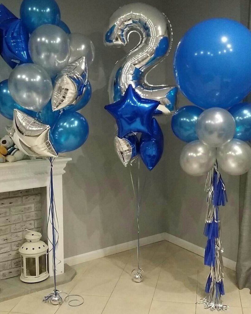 2nd birthday balloons for boy with blue white and silver latex and silver Mylar star balloons