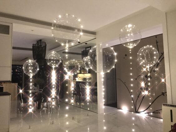 big round clear bubble balloons with led around and led string