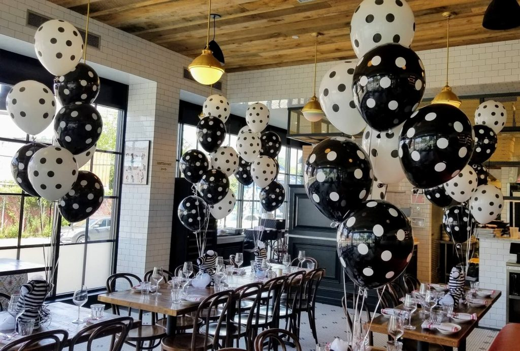 baby shower latex balloons in black and white polka dot balloons