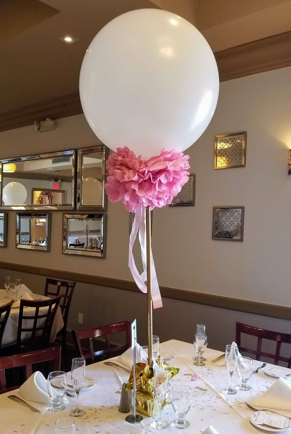 1st birthday balloon centerpiece for girl