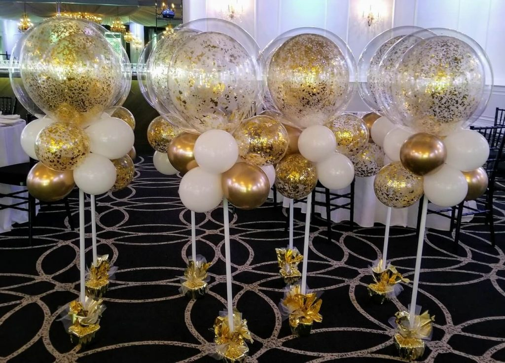 gold confetti balloon in balloon centerpiece for prom party staten island