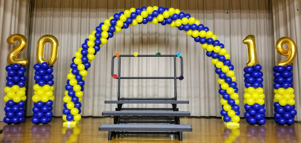 NJ Balloon arch for school graduation